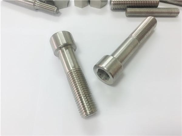 alloy625 bolts tornilyo w.nr 2.4856
