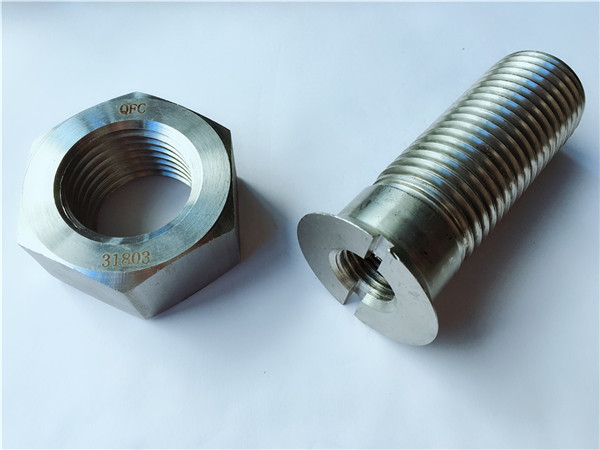 s31803 / f51 screw at nuts